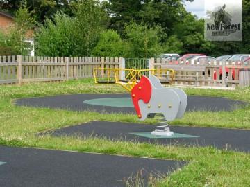 Roundabout & Elephant