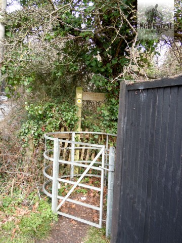 Metal gate near the Hobler