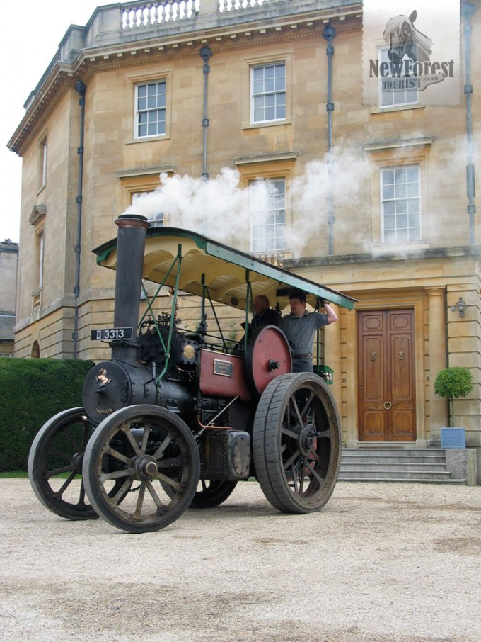 Traction Engine in front of Exbury House
