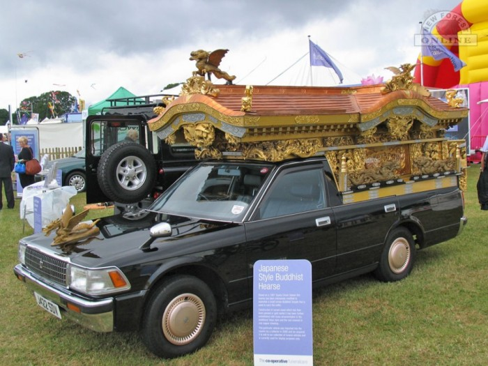 This themed Japanese Buddhist hearse struck us as somewhat out of place.