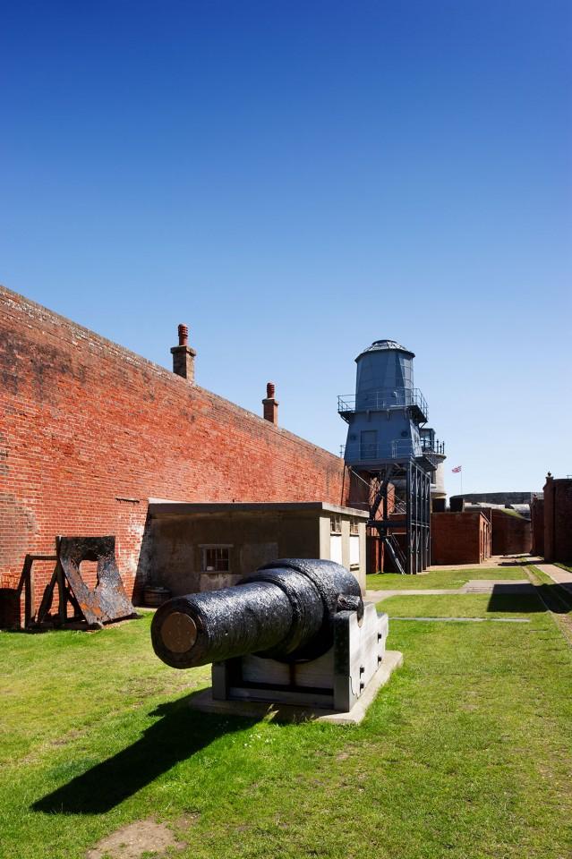 Hurst Castle artillary